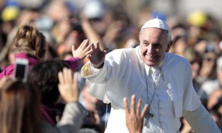 Francisco viajó a Cracovia tras las huellas de san Juan Pablo II