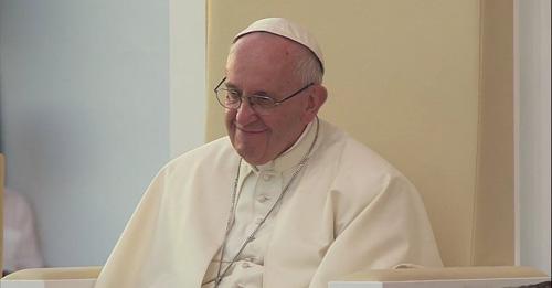 """""""Dios nos ama tal como somos, y no  hay pecado,  defecto o error, que lo haga cambiar de idea"""" (Homilía del papa a los jóvenes en la JMJ en Cracovia"""