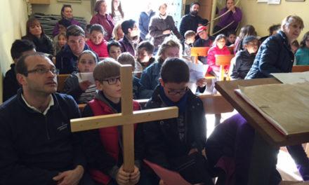 """Encuentro de grupos de Catequesis de Confirmación en la """"Ermita de la Mare de Déu de la Salut"""", Tarragona"""